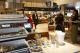 CNV: meer hulp ontslagen winkelpersoneel