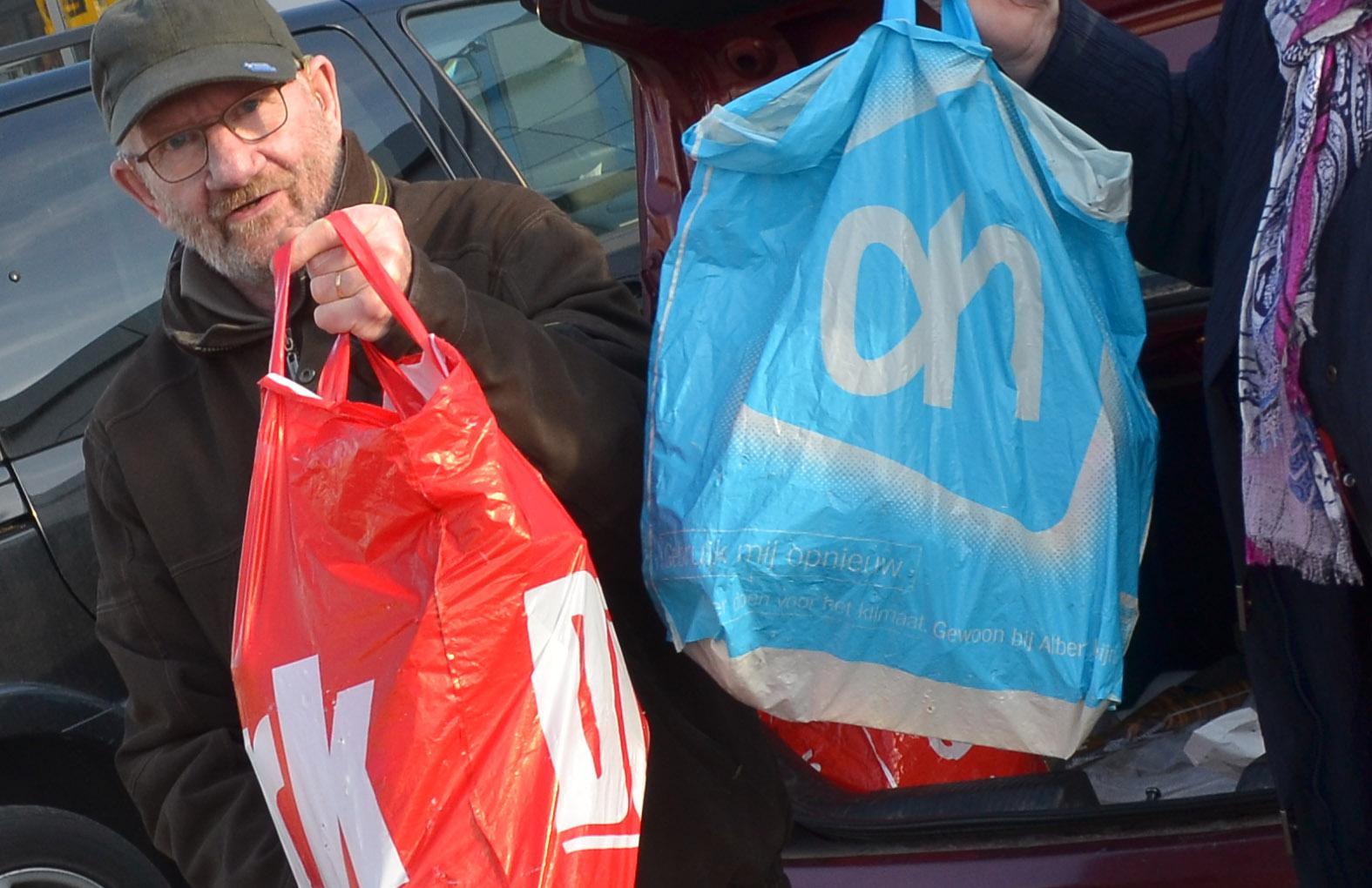 Plastic tasjes: AH, Dirk en Jumbo volgen niet