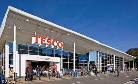 Tesco groeit weer autonoom op de thuismarkt
