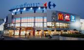 Carrefour schrapt banen en sluit hypermarkten