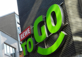 Rewe test To Go's op benzinestations