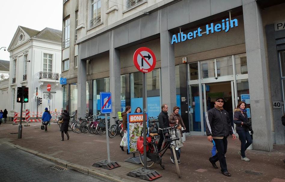 Medewerkers Antwerpse AH staken