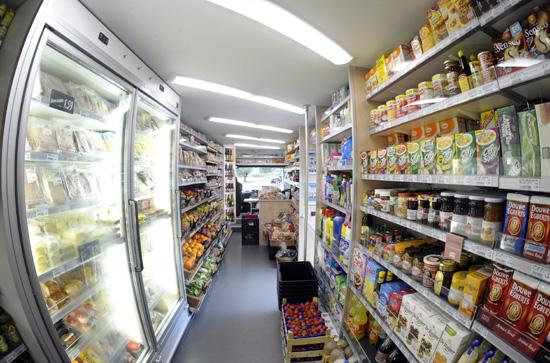 Rijdende dagwinkel volgt springer op for Mobili convenienti