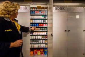 Tabakswinkels woedend op supermarkten