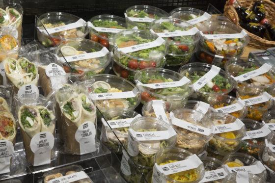 De Jumbo van de broers Leussink in Haaksbergen behoort bij de eerste groep winkels binnen Jumbo die het nieuwe maaltijdenassortiment van de Foodmarkt City in Groningen mogen verkopen.  Foto: Koos Groenewold.